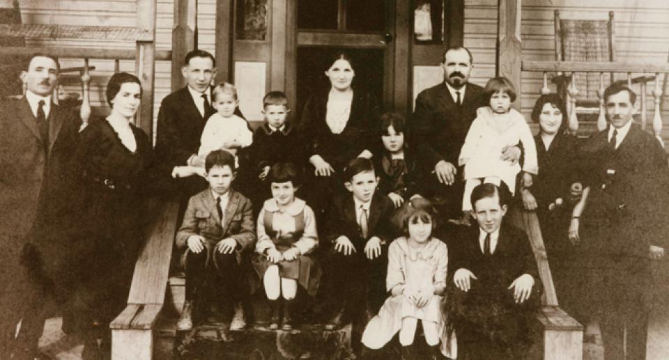 Yelman and Gordin families, St. Matthews, SC - 1923